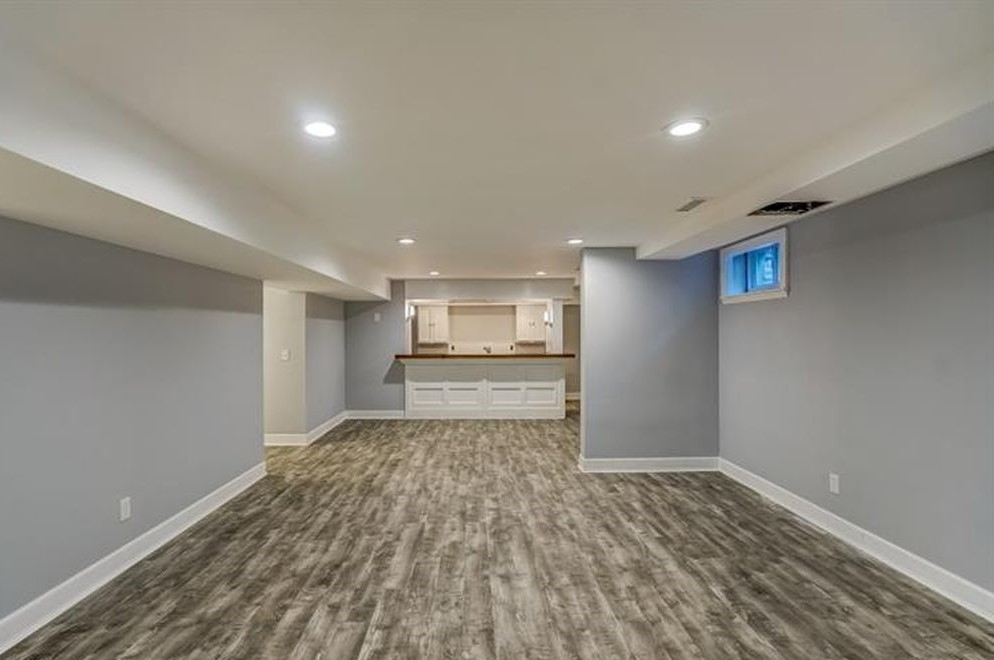 Renovated Full Basement with Bar Area